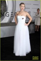 Jennifer Lawrence - 'Passengers' Premiere in Westwood 12/14/16