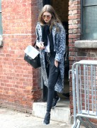 Gigi Hadid - Out in NYC 12/13/16
