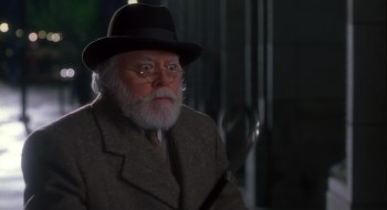 Miracle on 34th Street 1994 1080p BluRay DD5.1 x264-EbP screenshots