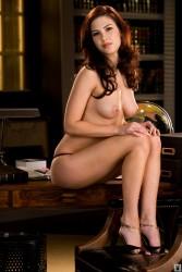 http://thumbnails117.imagebam.com/52122/632798521210760.jpg