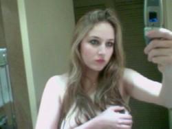 http://thumbnails117.imagebam.com/52175/4a3229521749408.jpg