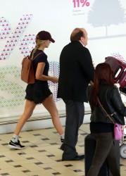 Margot Robbie - At Brisbane Airport 12/20/16