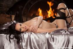 http://thumbnails117.imagebam.com/52265/02f869522643796.jpg