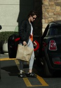 Kristen Stewart - Shopping at Gelsons in Los Feliz December 28, 2016