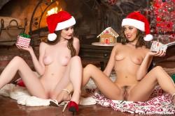 http://thumbnails117.imagebam.com/52490/b29977524898054.jpg