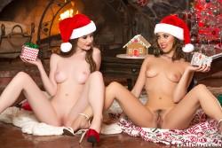 http://thumbnails117.imagebam.com/52490/e19d1d524898445.jpg