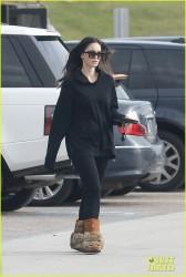 Megan Fox - Grocery shopping in Malibu 1/7/17