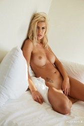 http://thumbnails117.imagebam.com/52589/57b06b525888286.jpg