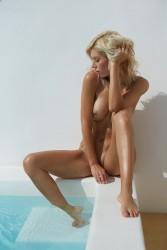 http://thumbnails117.imagebam.com/52589/87304a525888097.jpg