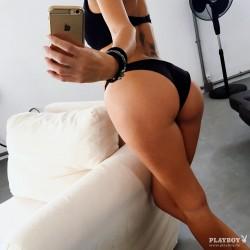 http://thumbnails117.imagebam.com/52589/aa7ea5525888176.jpg