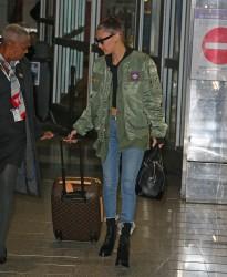 Bella Hadid - At LaGuardia Airport 1/12/17