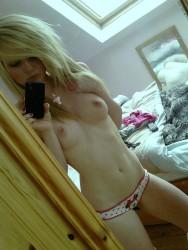 http://thumbnails117.imagebam.com/52630/50c802526290991.jpg