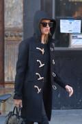 Hailey Baldwin - Shopping in NYC 1/16/17