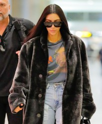 Kim Kardashian - At JFK Airport 1/16/17