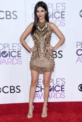 Victoria Justice - 2017 People's Choice Awards in Los Angeles 1/18/17
