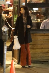 Selena Gomez - Out for dinner in Sherman Oaks 1/17/17