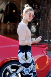 Hailey Baldwin - Out in West Hollywood 1/24/17