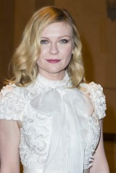 Kirsten Dunst - Ralph & Russo fashion show in Paris 1/23/17