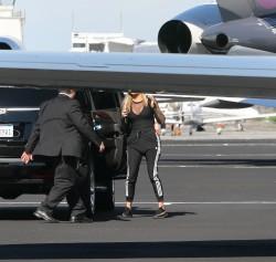 Khloe Kardashian - Boarding a private jet in LA 1/26/17