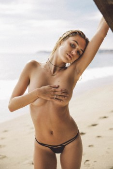 Delilah Belle Hamlin - Topless Photoshoot (Handbra, Underboob, Sideboob ...) by Brent McKeever - UHQ [2016]