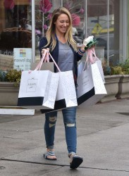 Haylie Duff - Shopping in Los Angeles 2/3/17