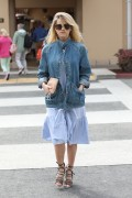 Alice Eve - Seen leaving lunch in Beverly Hills 2/3/2017