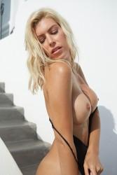 http://thumbnails117.imagebam.com/53106/430039531056279.jpg