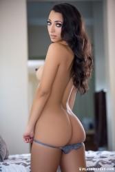 http://thumbnails117.imagebam.com/53106/93496f531057256.jpg