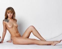 http://thumbnails117.imagebam.com/53188/2d7d60531871291.jpg