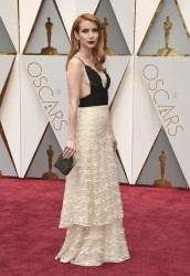 Emma Roberts - 89th Annual Academy Awards 2/26/17