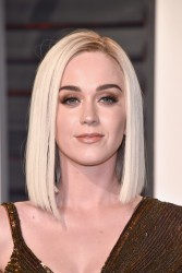 Katy Perry - 2017 Vanity Fair Oscar Party Hosted By Graydon Carter 2/26/17