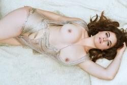 http://thumbnails117.imagebam.com/53720/73aa93537193624.jpg