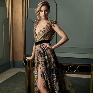 Elizabeth Banks -             2017 Vanity Fair Oscar Portrait by Mark Seliger.