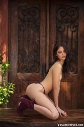 http://thumbnails117.imagebam.com/53742/8d8810537414369.jpg