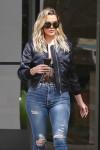 Khloe Kardashian - Leaving E! Studios in LA 3/10/17