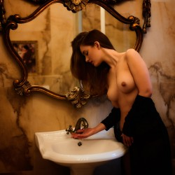 http://thumbnails117.imagebam.com/53787/200a2d537862119.jpg