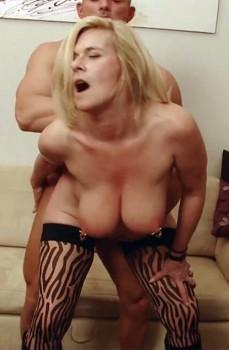 Marina Montana: Fisting A Milf (German) 1080p Cover