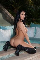 http://thumbnails117.imagebam.com/53816/184053538156192.jpg