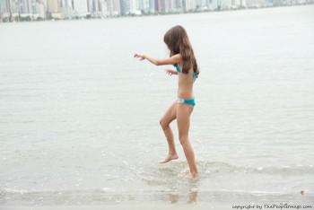 http://thumbnails117.imagebam.com/53831/707d9d538300862.jpg