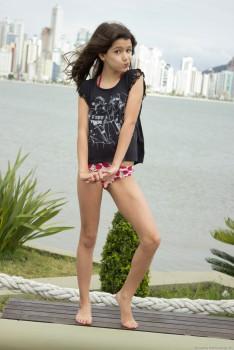 http://thumbnails117.imagebam.com/53833/c0e7ad538329175.jpg