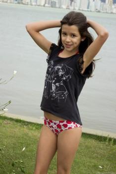 http://thumbnails117.imagebam.com/53834/ab9558538330335.jpg