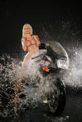http://thumbnails117.imagebam.com/53879/611917538785254.jpg