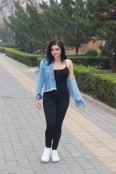Ariel Winter - Leaving her hotel in Beijing 3/20/17