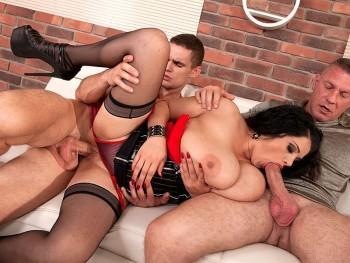 Natasha Sweet (Three The Hard Way / 24.03.17)