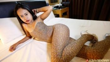 Golf - Asian Sex Diary