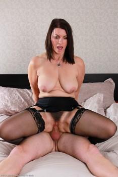 Raven aka Christine (O enjoying some cock)